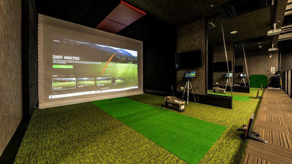 TopWorks-Body+ゴルフシミュレーターTRACKMAN